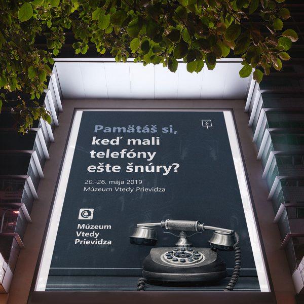 vtedy-identity-mockup-reklama-na-ulici-2